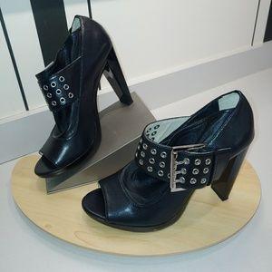 Michael Kors Shoes - Michael Kors peep toe booties